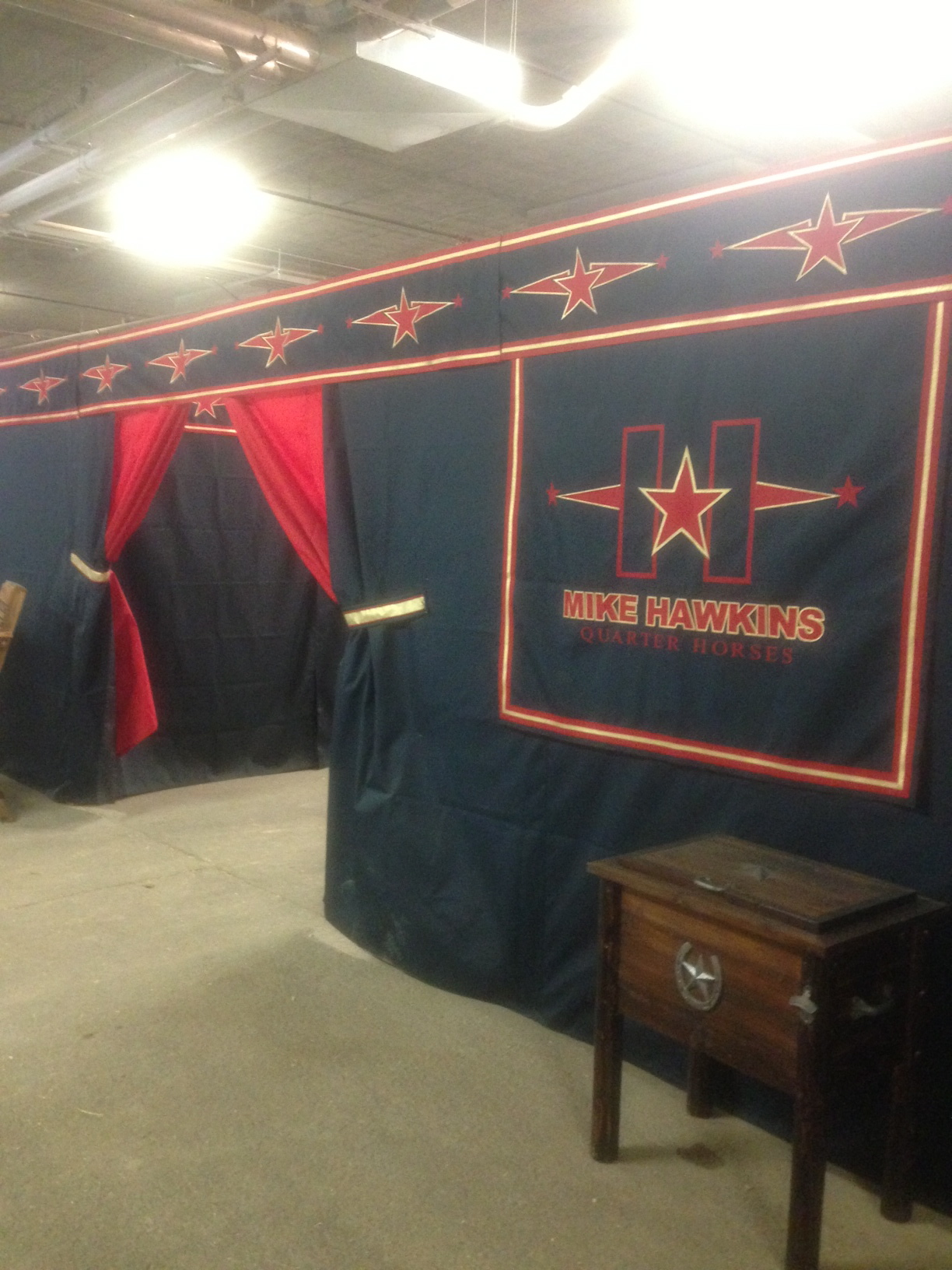 stall-drapes-horse-shows-7